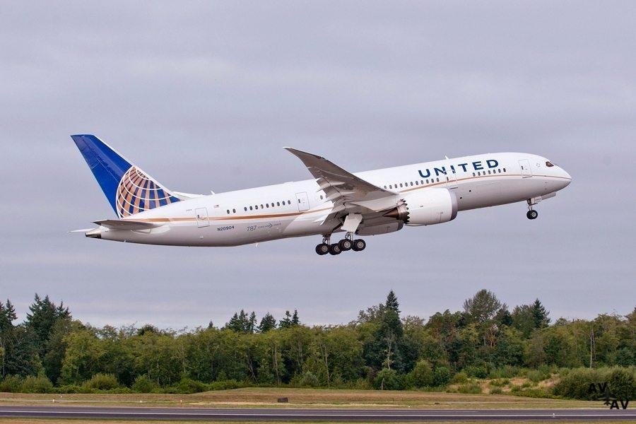 Brett J. Hart Named Acting CEO of United Airlines, President and CEO Oscar Munoz to take medical leave